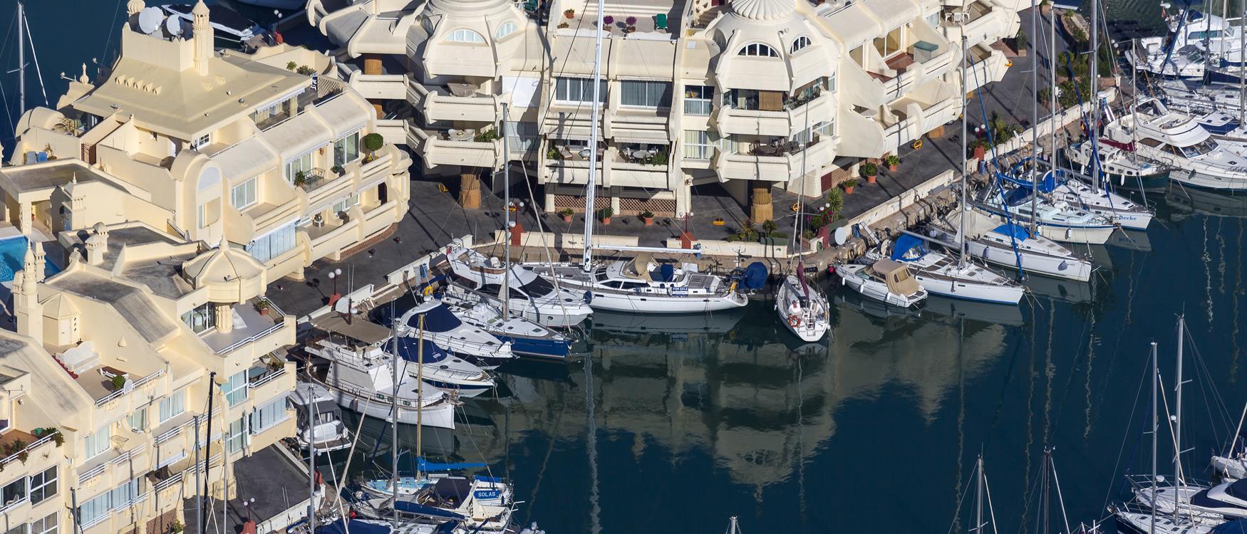 the Málaga Coast จาก http://www.visitcostadelsol.com