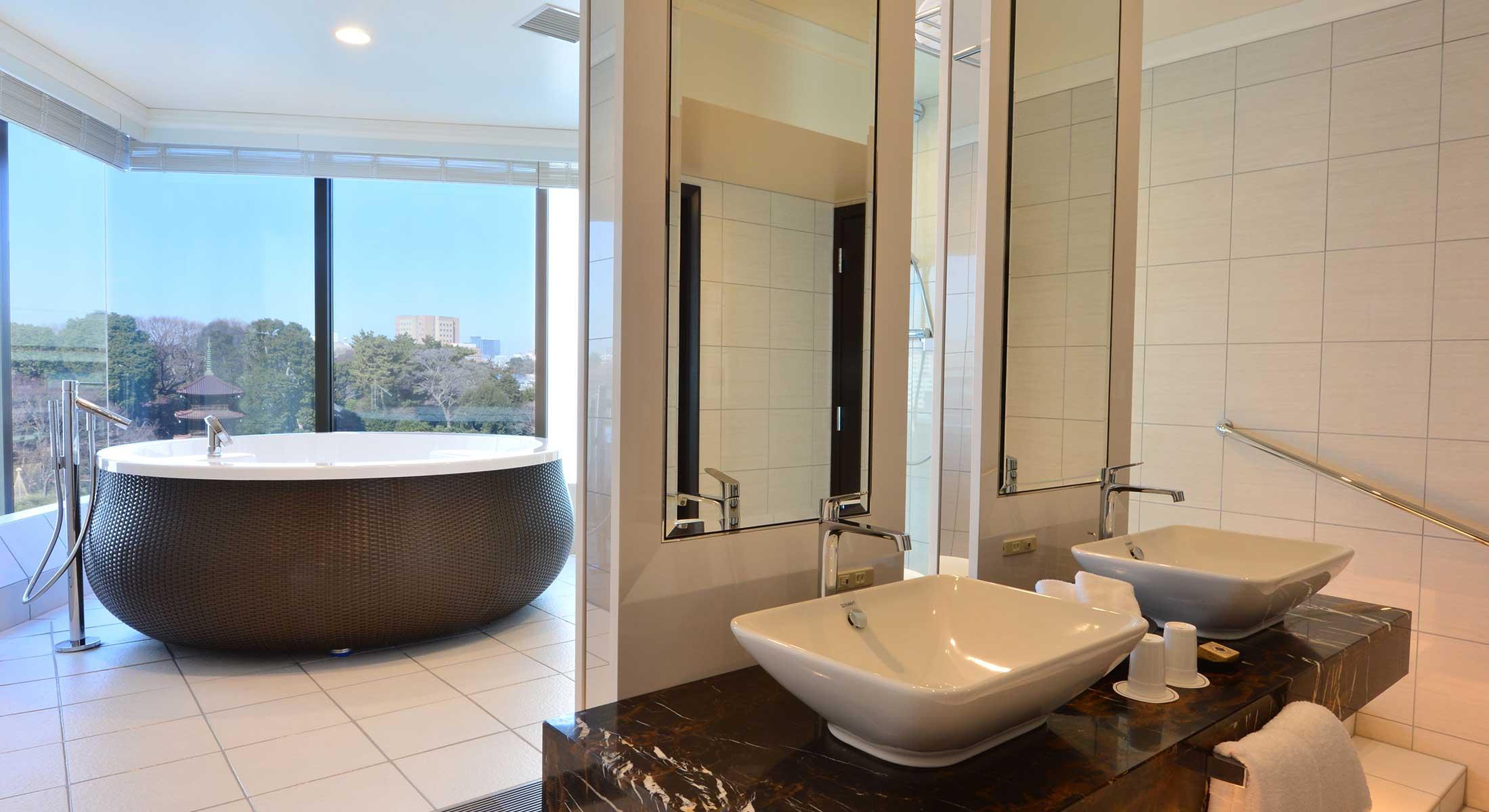 รูปจาก http://www.hotel-chinzanso-tokyo.com