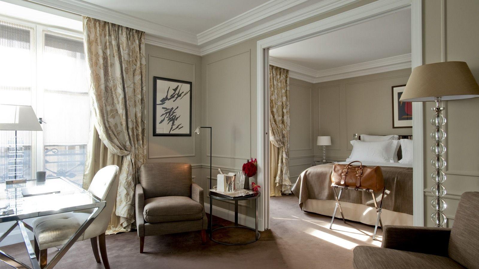 โรงแรม ปารีส Le Burgundy Hotel