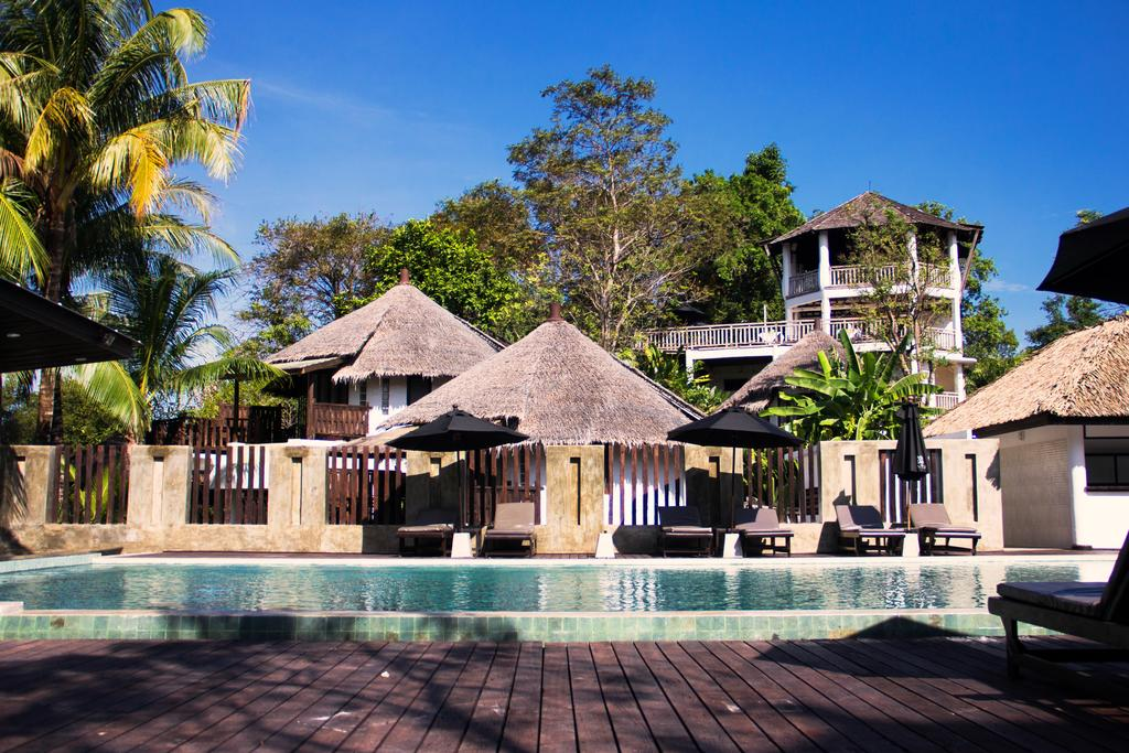 AANA Resort & Spa โรงแรม อาน่า รีสอร์ท แอนด์ สปา