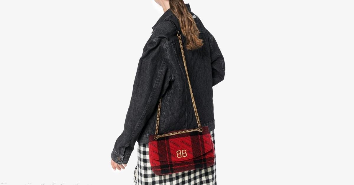 กระเป๋า balenciaga ของแท้ Red & Black Medium Plaid BB Round Bag