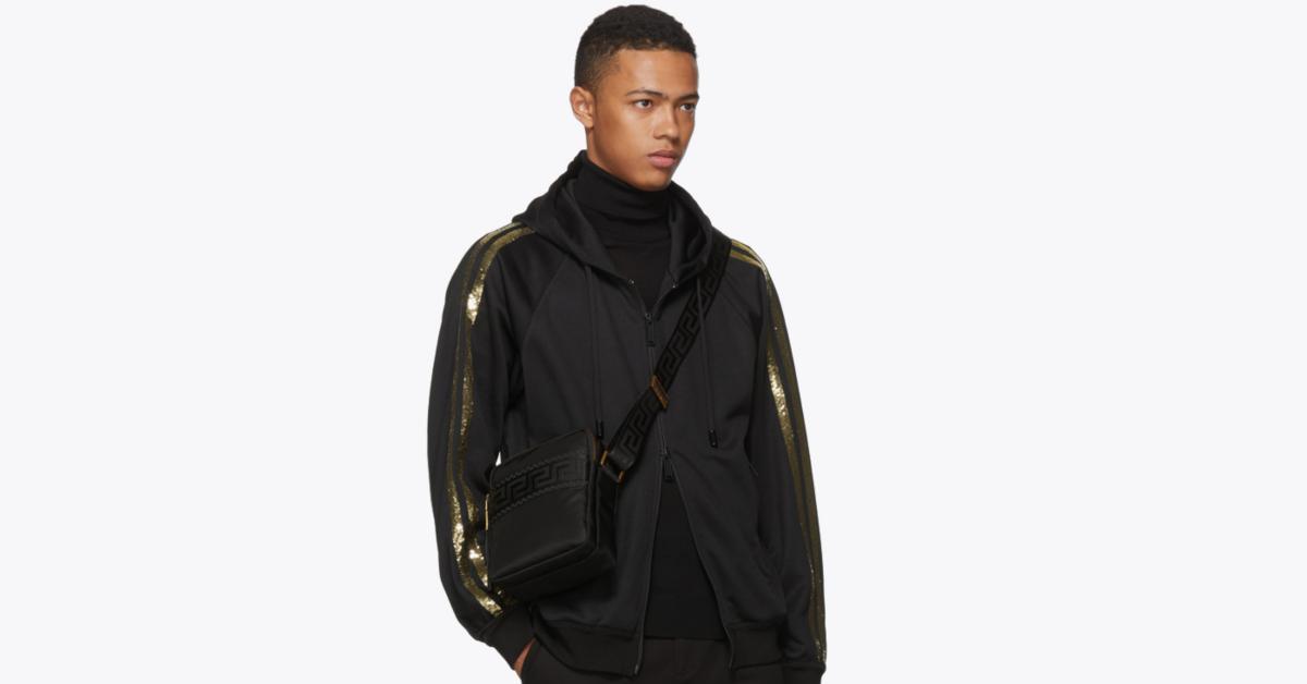กระเป๋า versace ของแท้ Black Greek Cross Messenger Bag