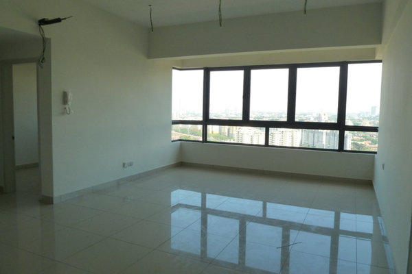 For Sale Condominium at Residence 8, Old Klang Road Freehold Unfurnished 4R/2B 600k