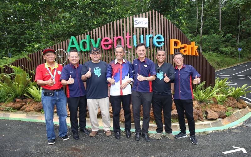 Opening ceremony group photo truncate