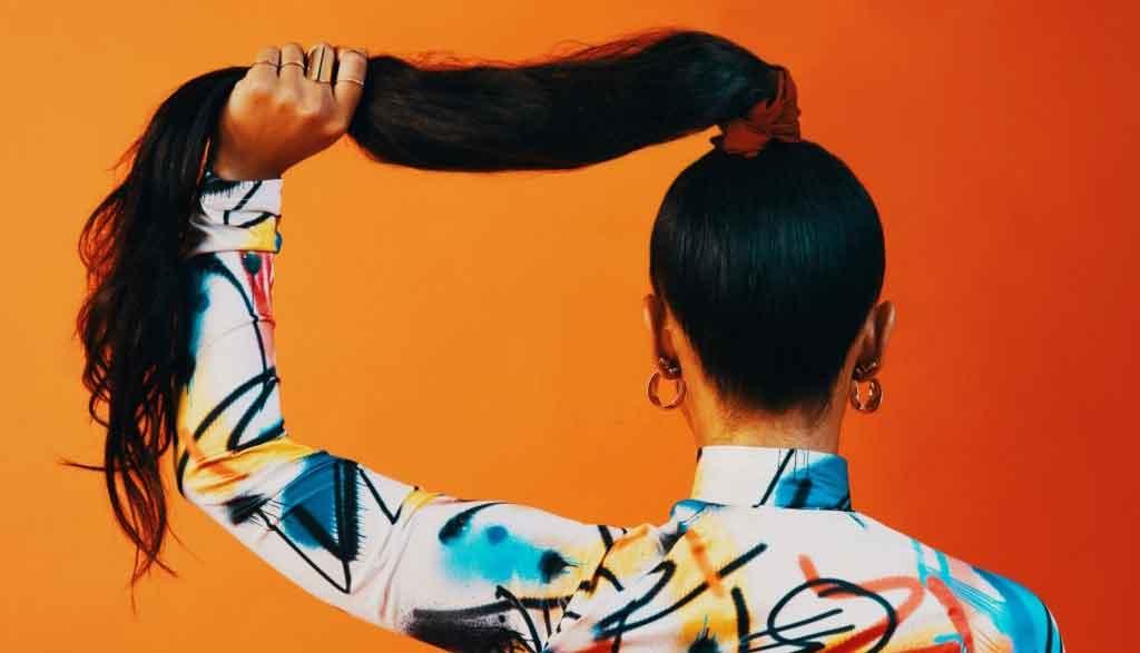 Kết quả hình ảnh cho how to do quick weave ponytail