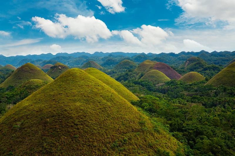菲律賓巧克力山