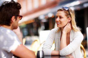 cara membuat pria tertarik