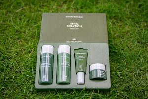 Manfaat Nature Republic Snail Solution