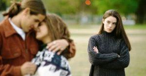 cara move on dari pacar yang selingkuh
