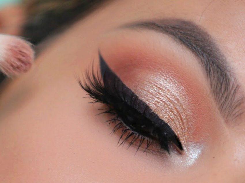 10 Cara Memilih Eyeshadow Sesuai Warna Kulit Dengan Mudah
