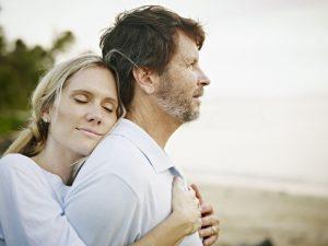 7 Cara Mengatasi Cemburu Buta Pada Suami