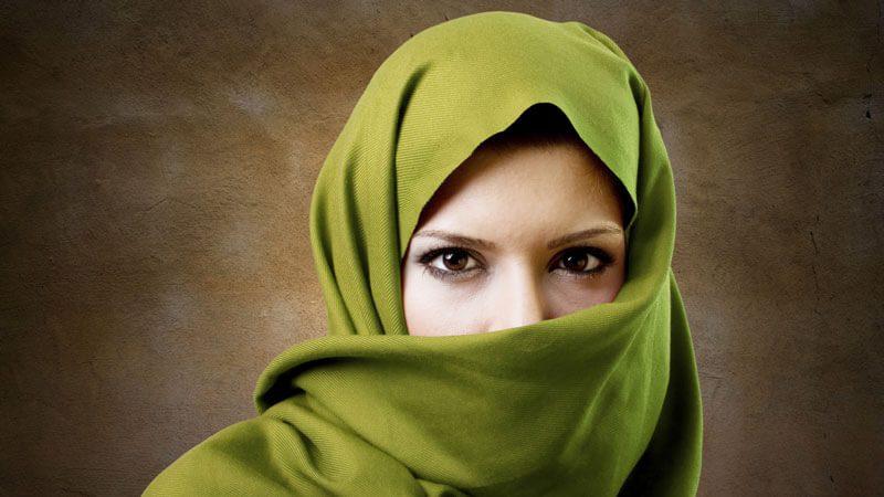 7 Penyebab Rambut Rontok Pada Wanita Berjilbab Semakin Parah