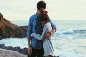 15 Ciri-ciri Pria Cancer Jatuh Cinta Setengah Mati Padamu