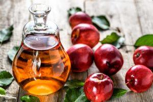 8 Cara Pakai Cuka Apel Untuk Wajah Berjerawat