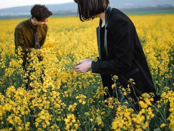 20 Cara Membuat Pria Menyesal karena Menolak Kita Mentah-Mentah