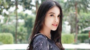 Tips Cantik Ala Sandra Dewi