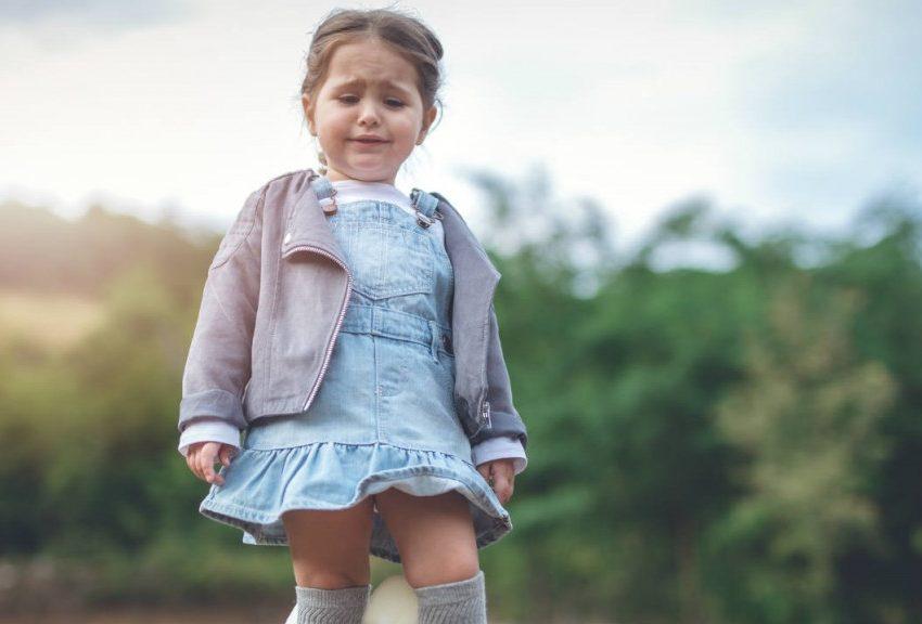 Anak Suka Menangis? Simak 8 Cara Mengatasi Anak Cengeng Ini