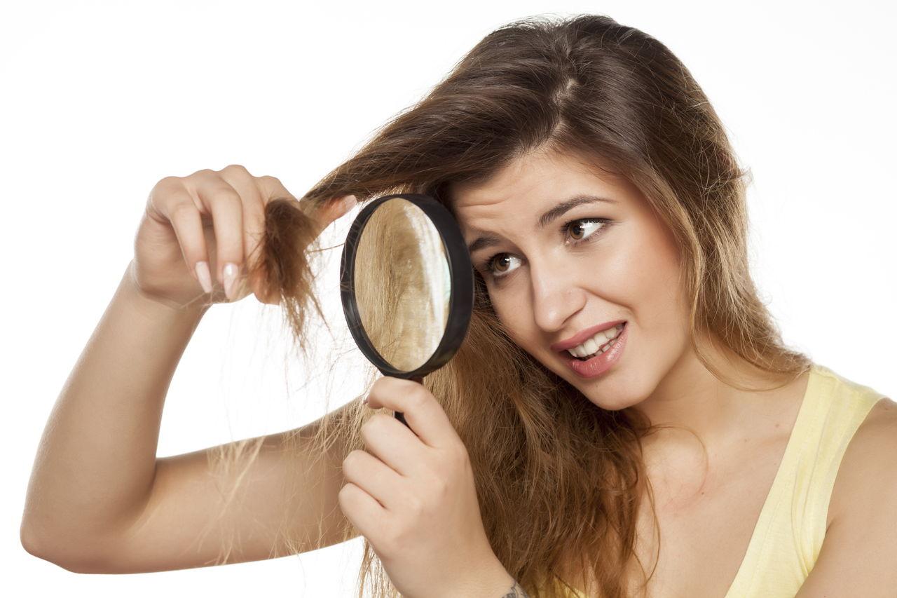 kebiasaan-buruk-perusak-kesehatan-rambut