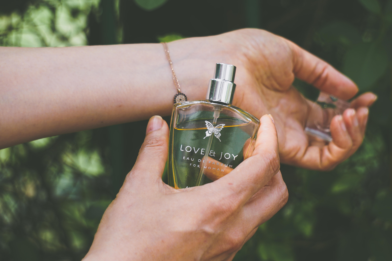 tips-memilih-parfum-wanita