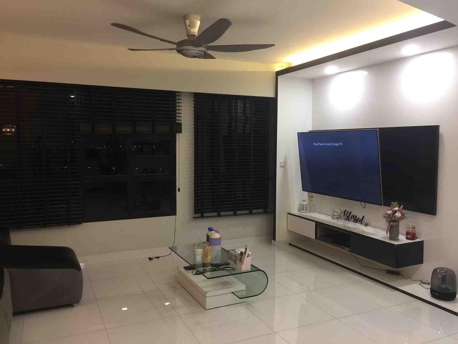 001 living room area 2
