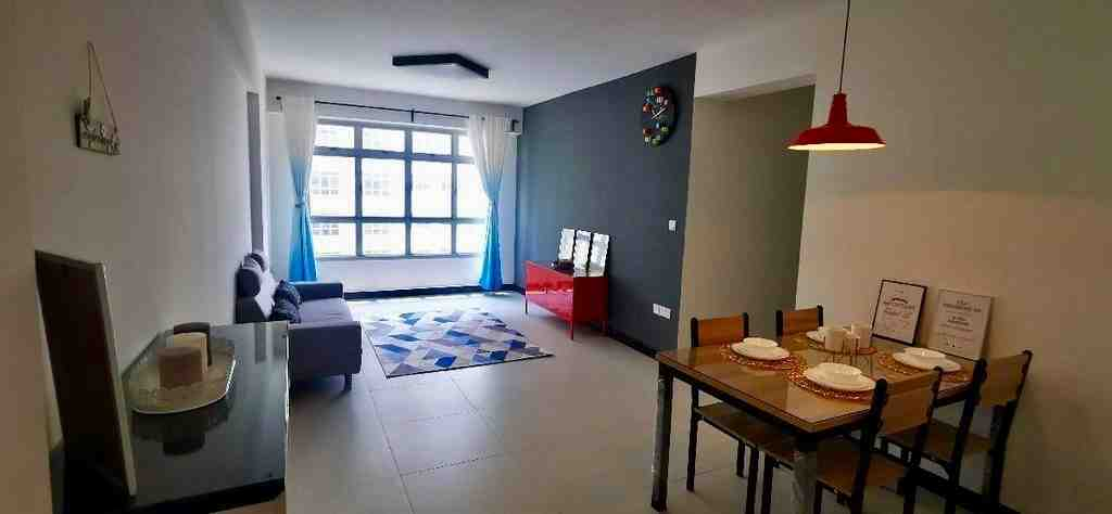 523 tampines living area  1