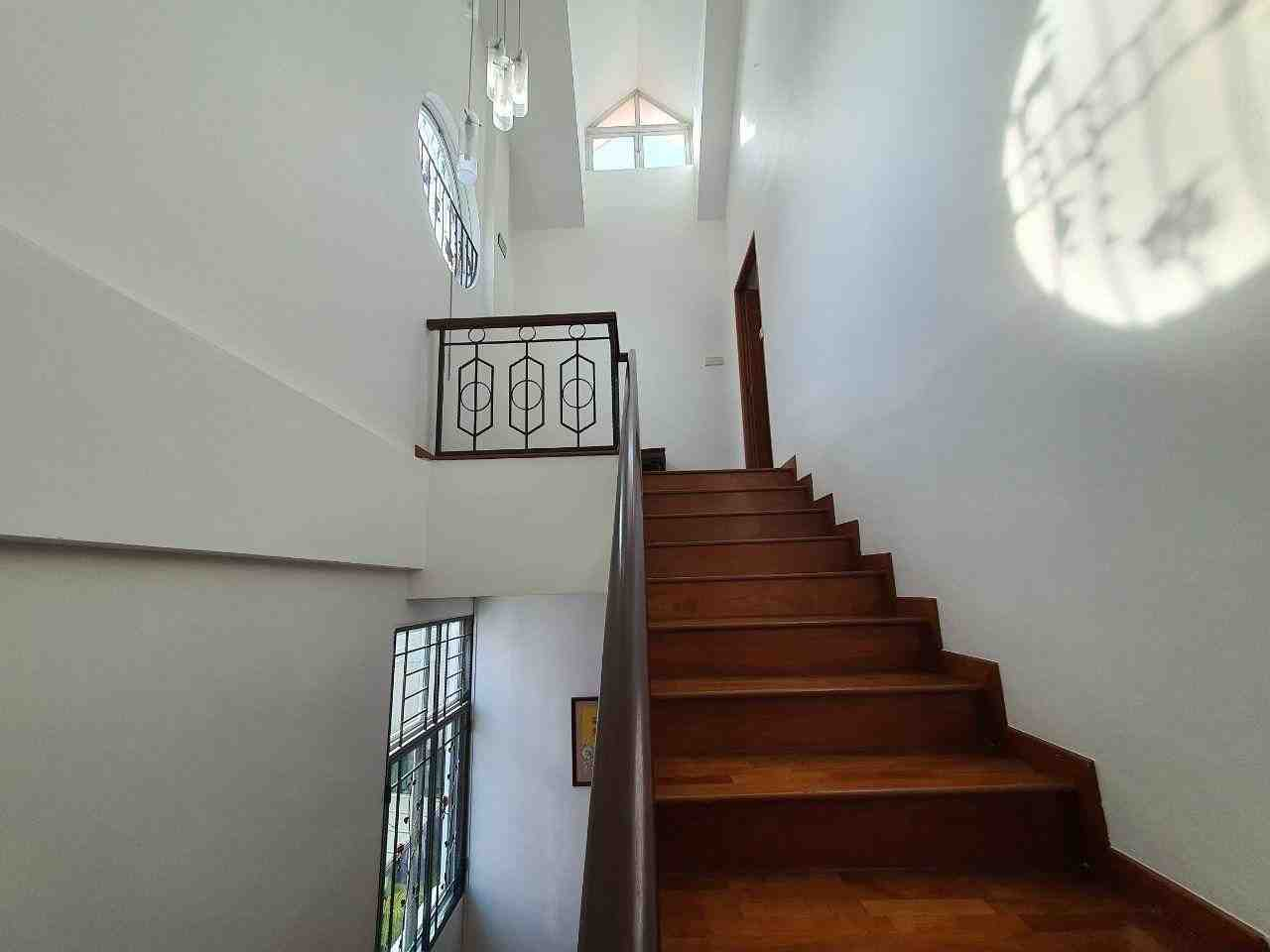 3rd level stairs