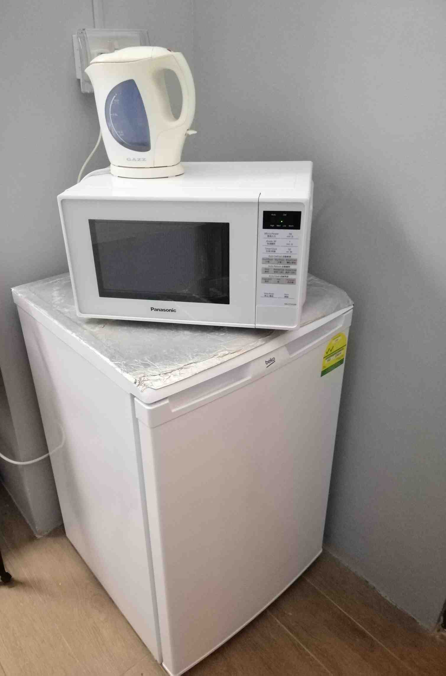 Microwave  fridge   kettle 1