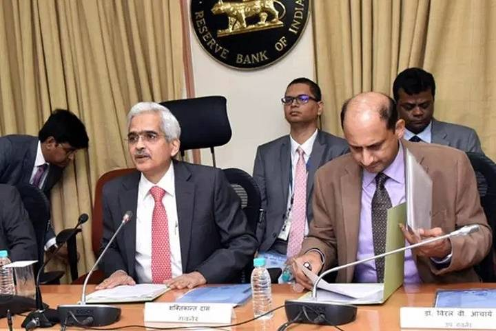 rbi sets up panel for stressed