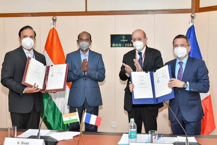 india, france:  space agreement