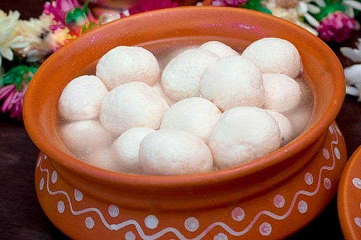 west bengal celebrates 'rosogolla