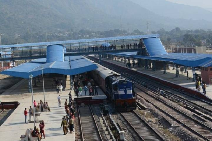 4 railway stations in uttar pradesh's