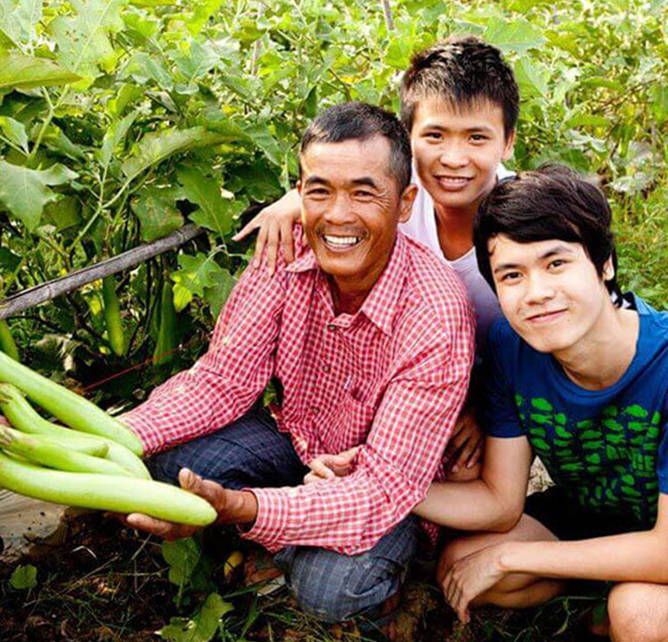 East-West Seed launch agricultural scholarship program to celebrate 35th anniversary