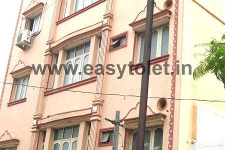 2 BHK Bachelor Accommodation For Rent In Red Hills