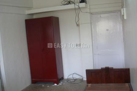 1 BHK Bachelor Accommodation For Rent In Bandra (w)