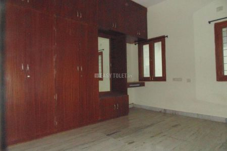 3 BHK Bachelor Accommodation For Rent In Madhapur