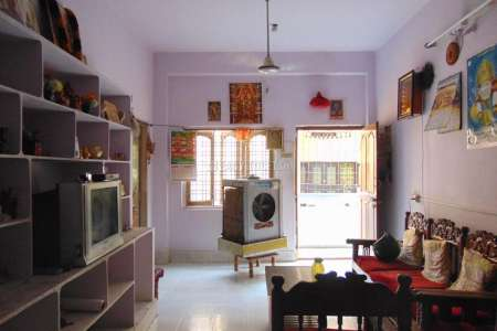 2 BHK Bachelor Accommodation For Rent In Moosarambagh