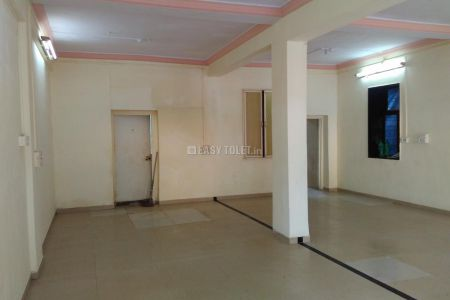 Shop Or Showroom For Rent In Kandivali (w)