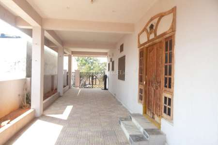 3 BHK Bachelor Accommodation For Rent In Peerzadiguda