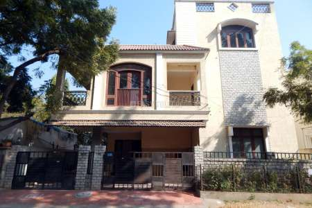 Office Space For Rent In Karkhana