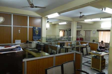Office Space For Rent In COLLEGE SQUARE MAIN ROAD,NEAR POST OFFICE