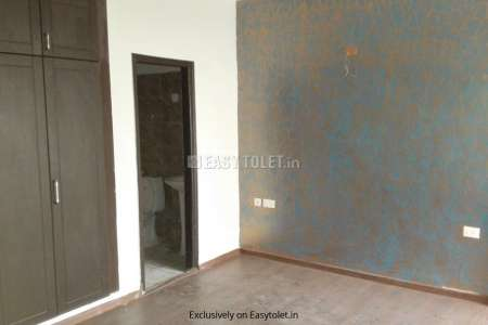 2 BHK Bachelor Accommodation For Rent In Sector 76
