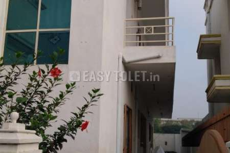 2 BHK Multi Family House For Rent In Sowripalayam