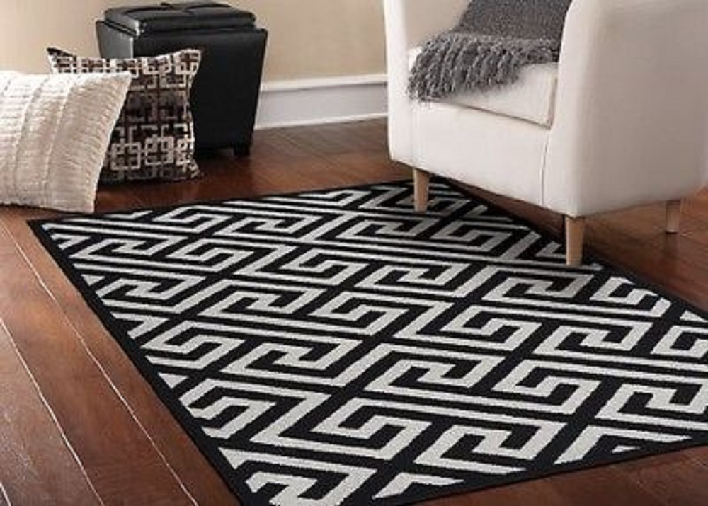 garland-rug-greek-key-area-rug-5-by-7-feet-black-silver-fd0728ed22433df6f36d9ccc134e71f1.jpg