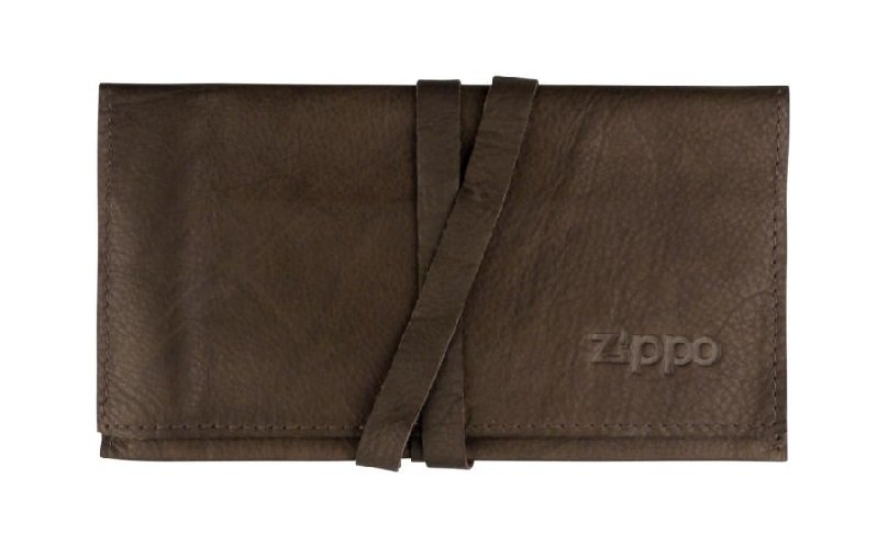 ZIPPO Tobacco pouch leather with leather stripe mocca 16cm (628901).jpg