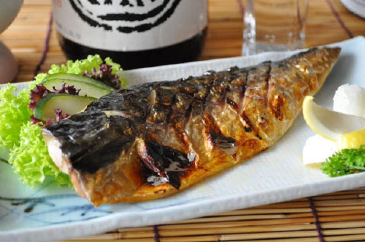 Saba Mackerel Fillet Boneless 2 Fillets 300g 350g