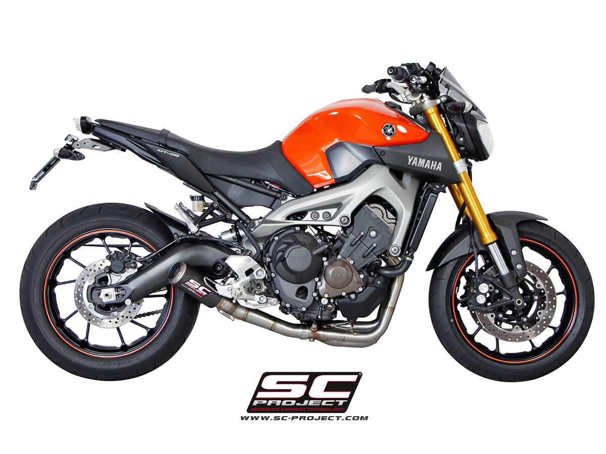 mt09_exhaust_sc_project_silencieux_yamaha_mt09_silencieux_mt09_scarico_yamaha_mt09_fz09_exhaust_.jpg