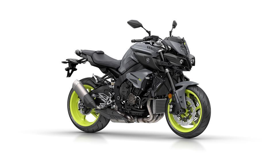 2017-Yamaha-MT-10-EU-Night-Fluo-Studio-001.jpg