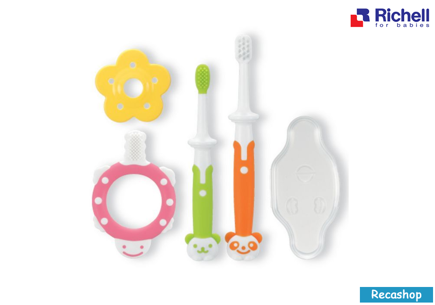 RICHELL TRAINING TOOTHBRUSH SET.fw.png