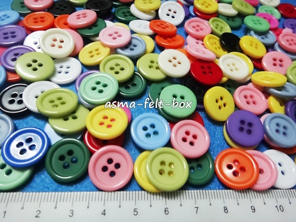 round button 15mm 4 holes.JPG