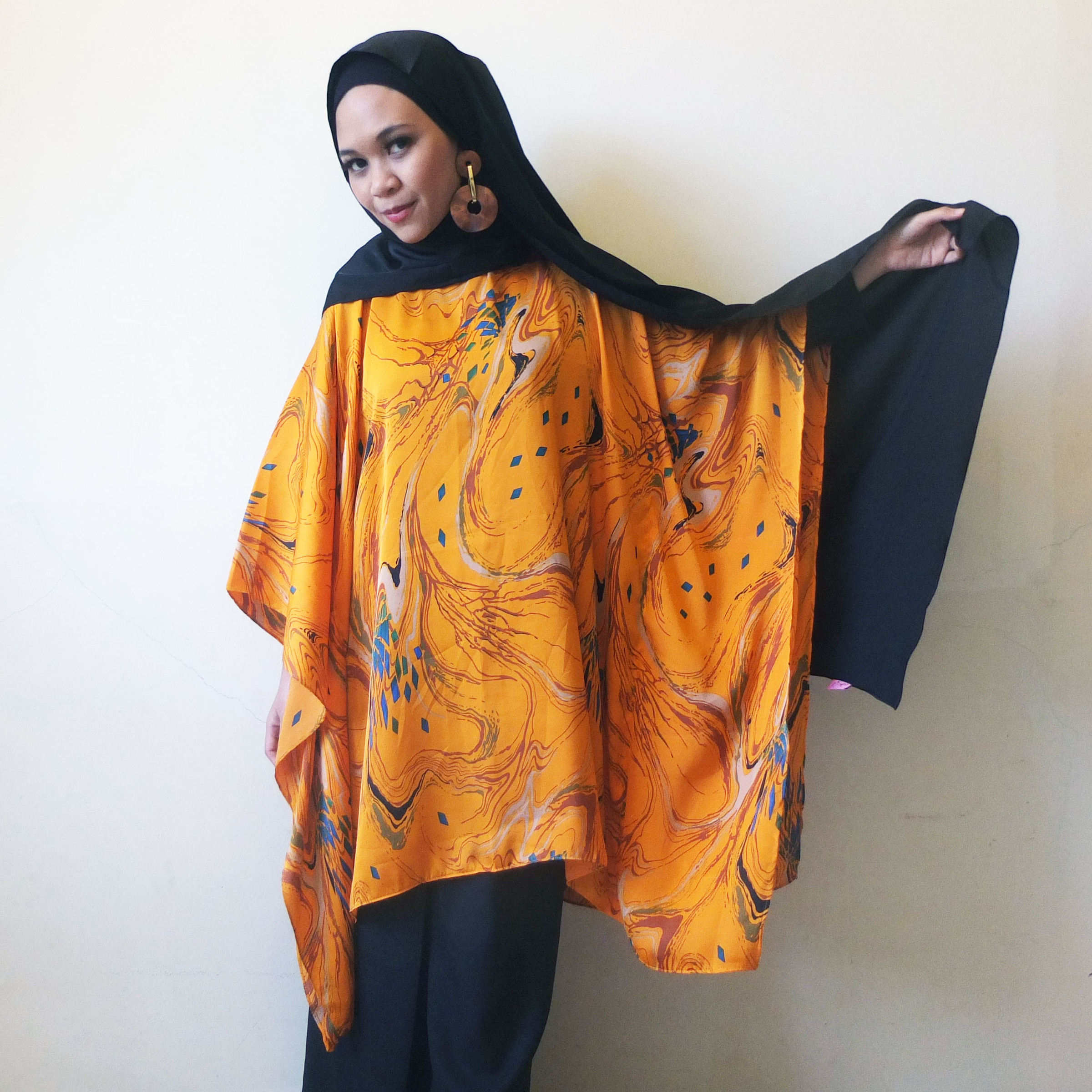 Kaftan Top Batch 2017-01 Juhneesee.JPG
